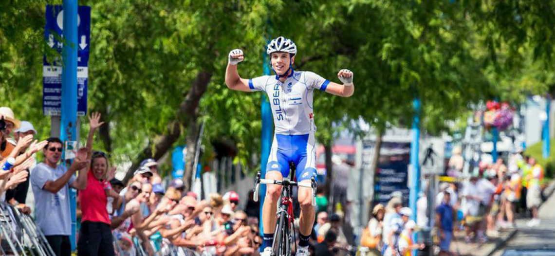 Canadian riders sweep the podium at 2014 Tour de White Rock Peace Arch News road race